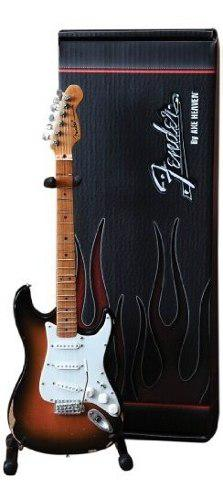 Axe heaven fs-001 guitarra fender stratocaster classic sunbu