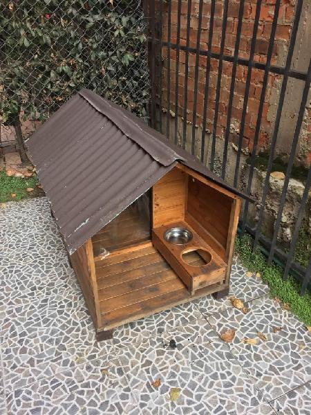 Casa perro madera