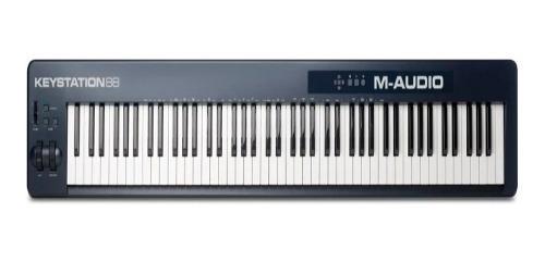 Controlador m audio keystation 88 + base adam hall sks01