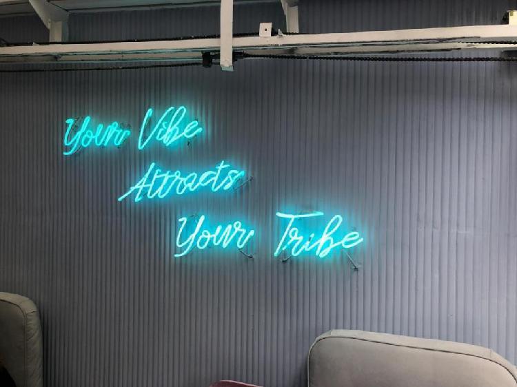 Neon mantenimiento y fabrica en bogota