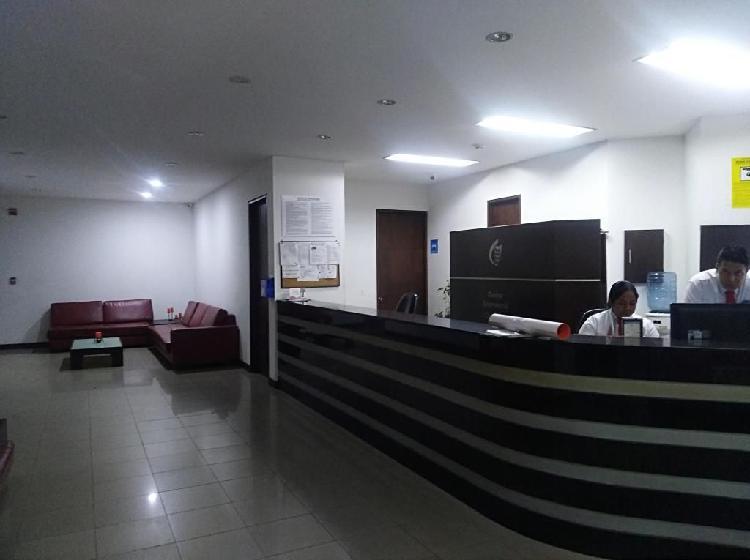 Oficina centro empresarial chipichape