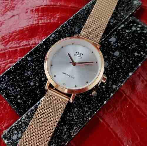 Reloj qyq mujer edicion especial + envío gratis