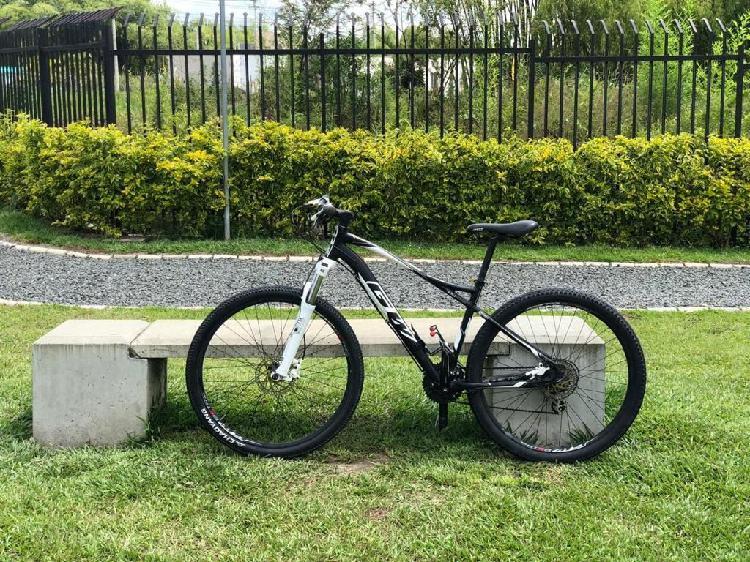 Bicicleta gw aluminio talla m
