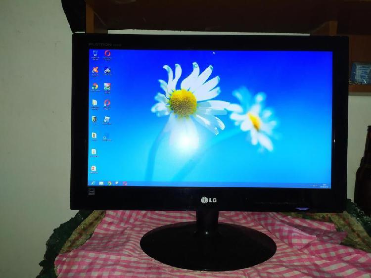 Monitor led lg flatron e2040s-pn, 20 pulg, sin cargador