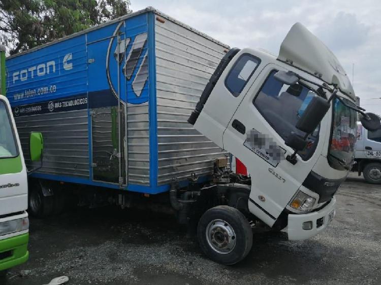 Camion foton 6.8 cabina y media
