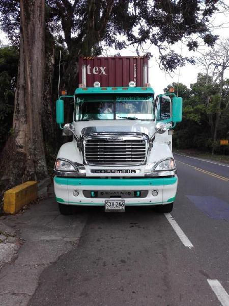 Cel 3006666826 cabezote freightliner cl120 columbia modelo