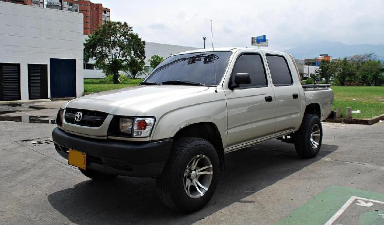 Toyota hilux hirider 2.4 4x2 full mecanica