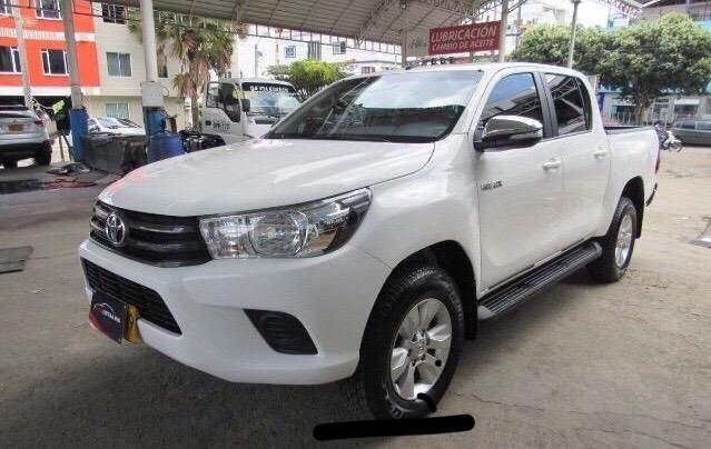 Toyota hilux revo d.c. 2.400 diesel 2018