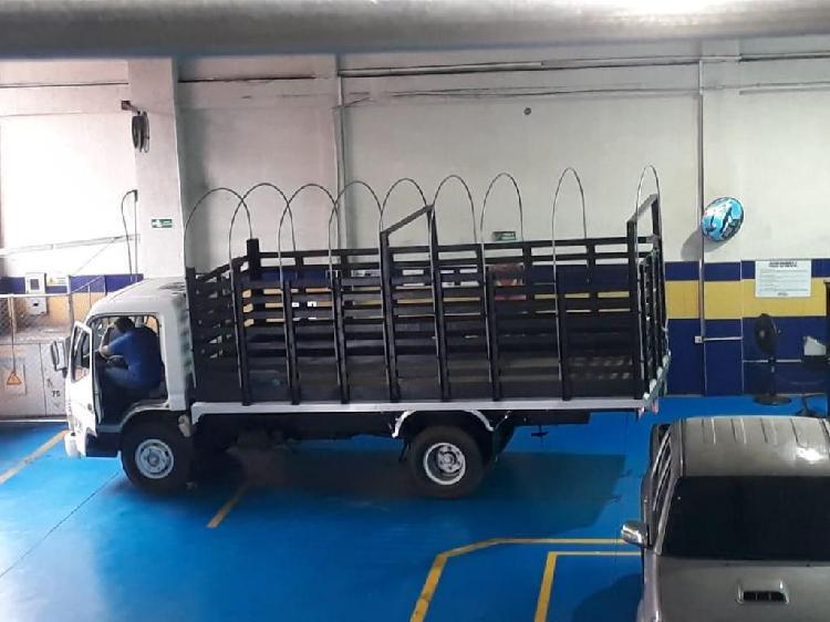 Vendo camion mitsubishi canter fuso 2007 en exelente estado