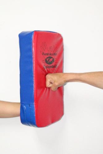2 golpeadores, pao, foco: artes marciales-boxeo 45x25x10cm