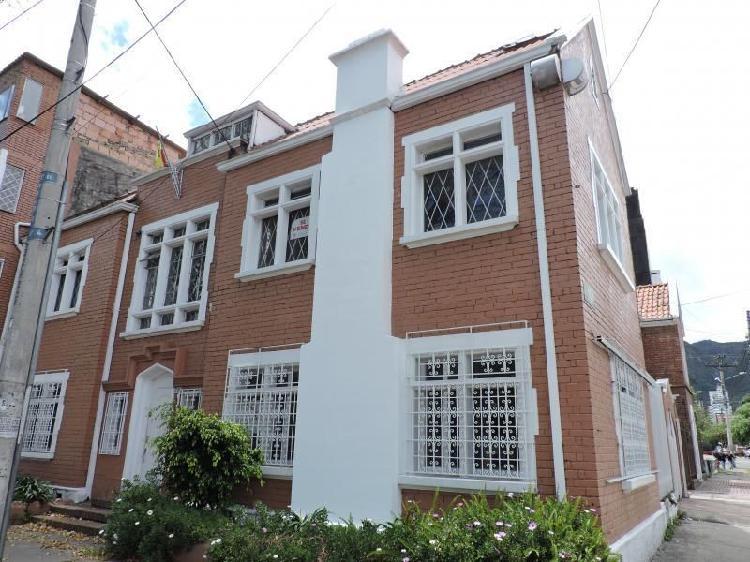 Casa en venta en bogota teusaquillo cod. vbire4555