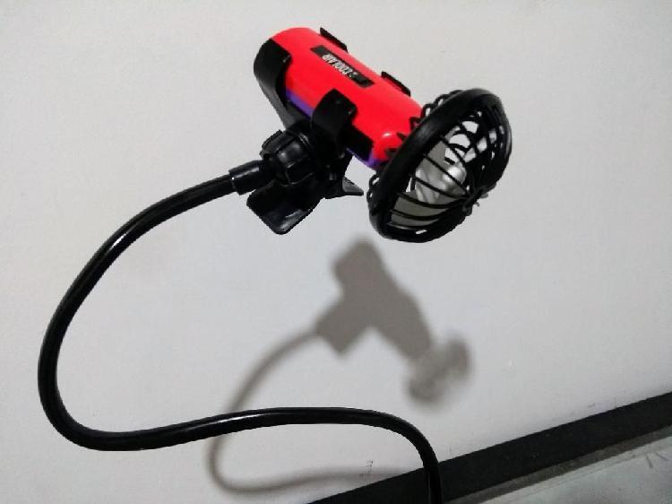 Mini ventilador con soporte