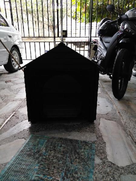Se vende casa para perro mediano