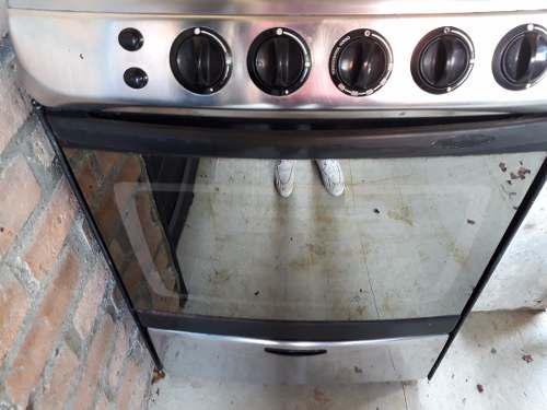 Estufa a gas de piso con horno a gas whirlpool