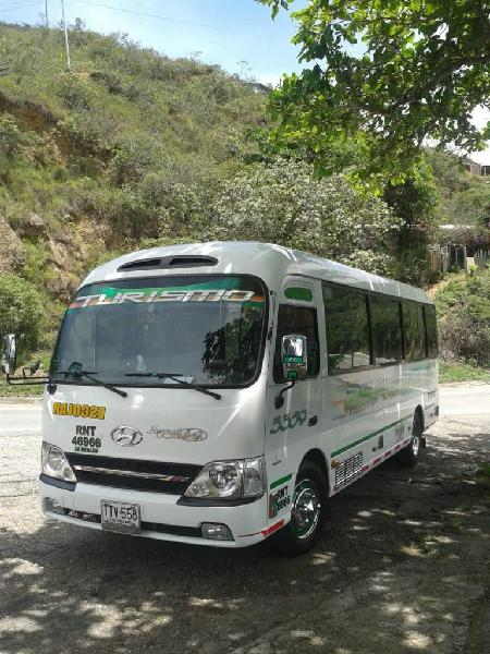 Transporte especial buseta modelo 2014