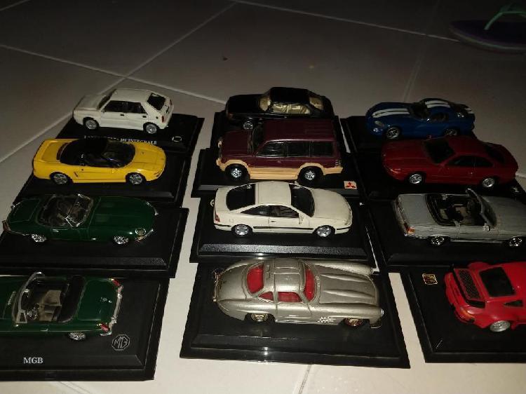 En cali vendo 16 carros de coleccion