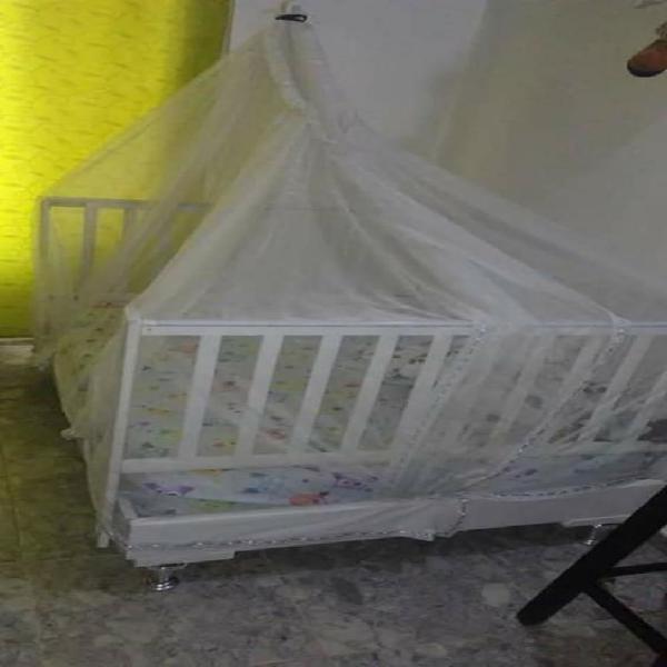 Vendo cama de niño(a)