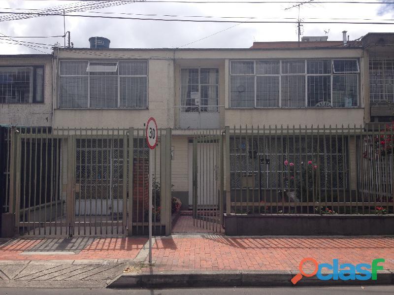 Casa en venta en el Barrio El Recuerdo