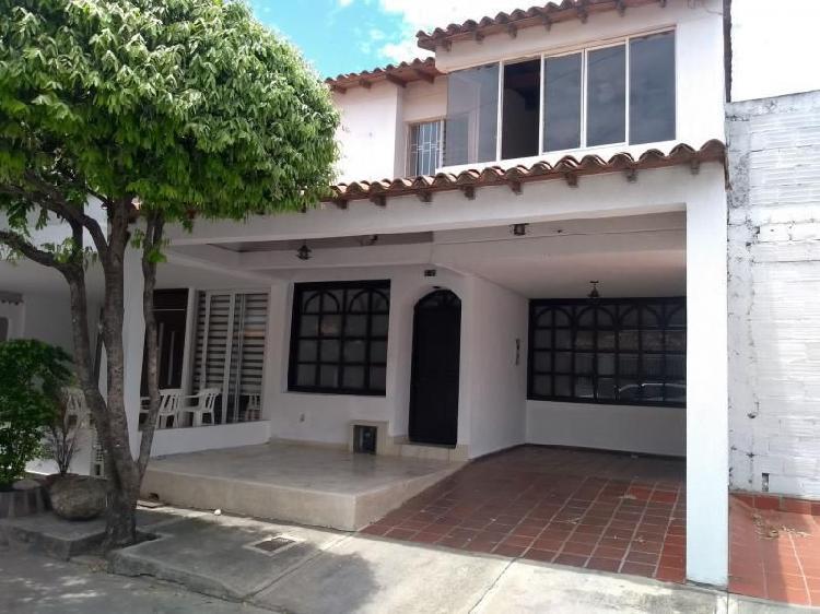 Casa en arriendo en cúcuta prados club cod. abprv-1352