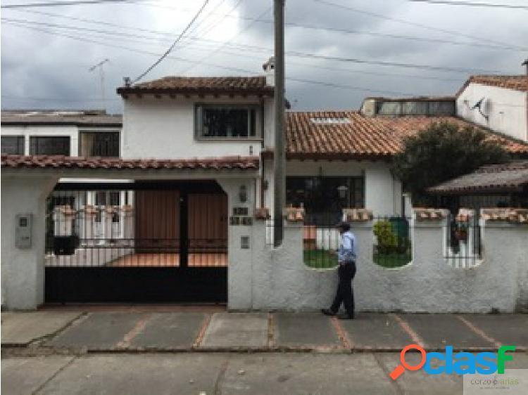 Casa para venta en las villas
