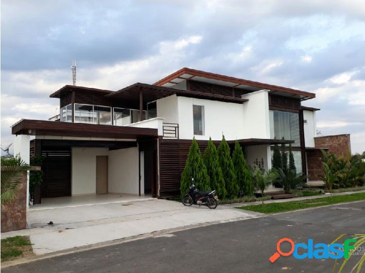 Casa campestre en condominio barú villavicencio