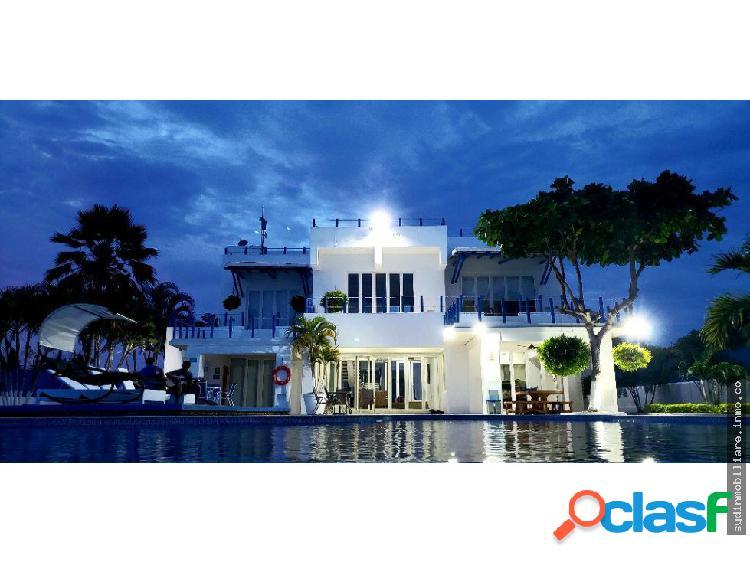 Renta linda casa mansion por dia en cartagena