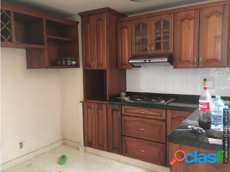 Apartamento primer piso propiedad horizontal