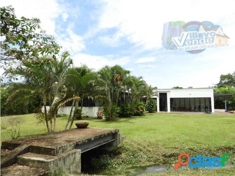 Espectacular casa quinta en venta vía acacias