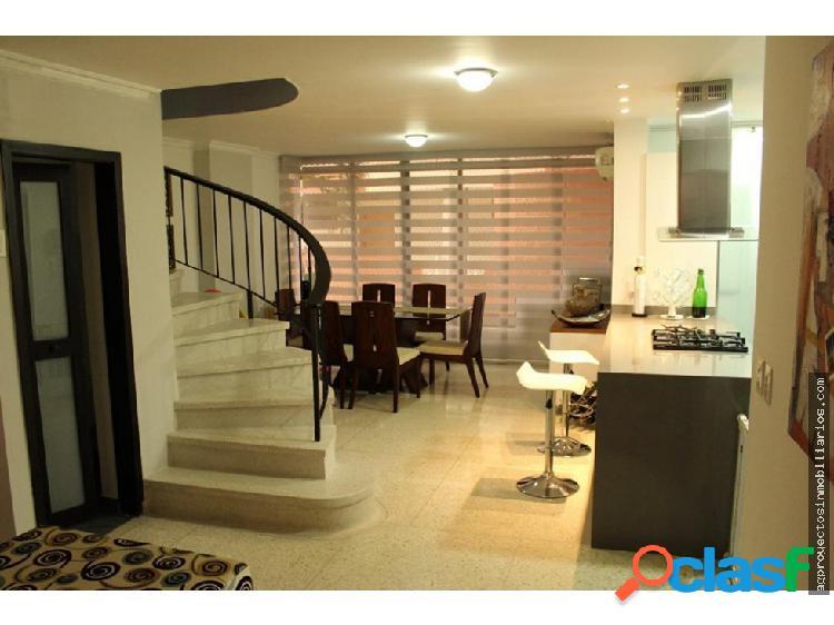 Venta apartamento duplex en villa country