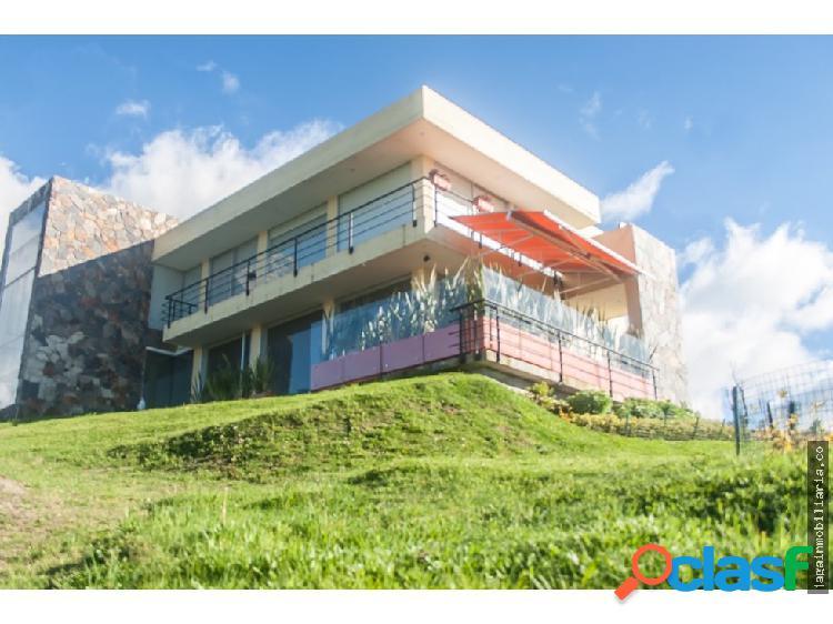 Casa campestre 400 m2 cr villa de yerbabuena chia
