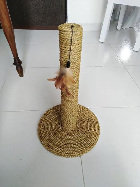Negociable rascadero gato