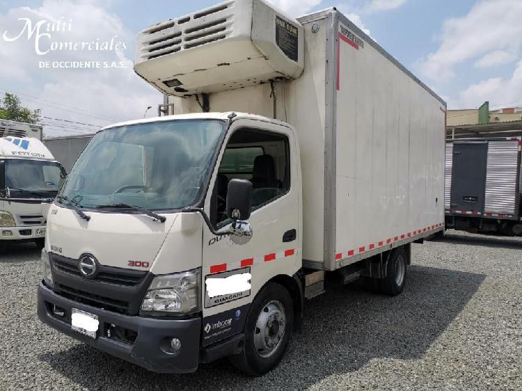 Hino dutro city 2015 furgon aislado con termo independiente