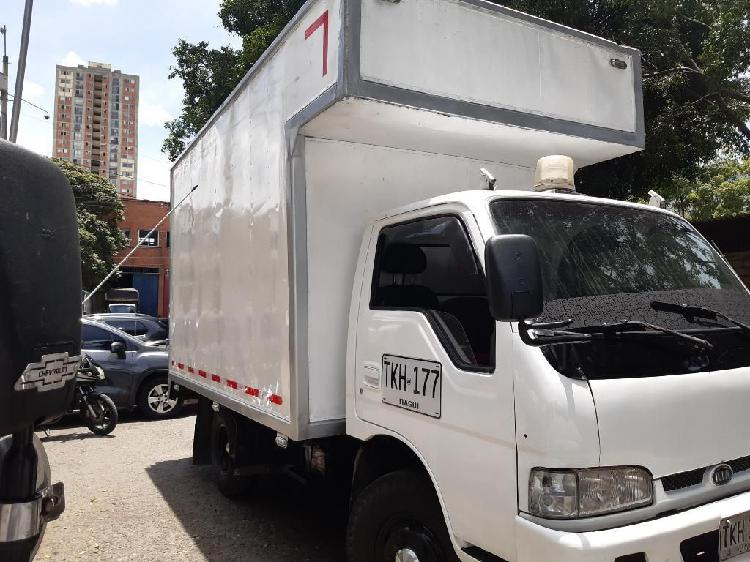 Vencambio camion furgon