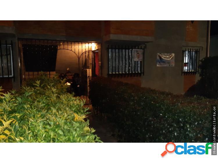 La ceja: venta de apartamento