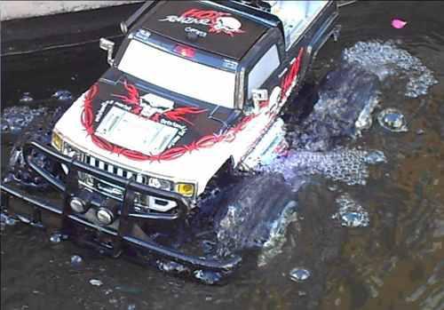 Camioneta anfibio 4x4 r/c tierra y agua recargable remoto