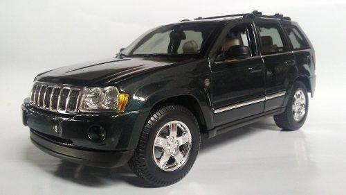 Jeep cherokee 2005 esc 1/18 carros de coleccion maisto