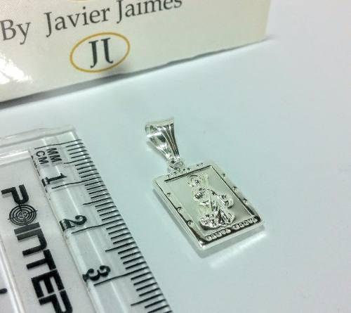 Medalla virgen santa marta en solo plata 925