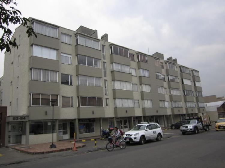 Apartamento en arriendo/venta en bogota la castellana cod.