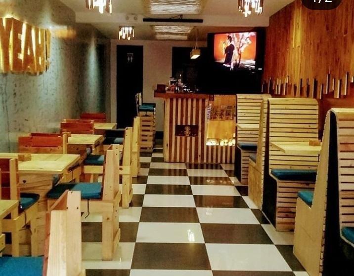 Vendo mobiliario para negocio - salón de onces - café -