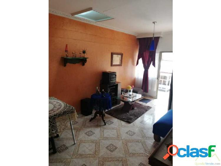 Casa bifamiliar para la venta al norte de armenia