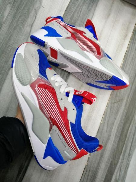 Tenis y zapatillas puma nike adidas