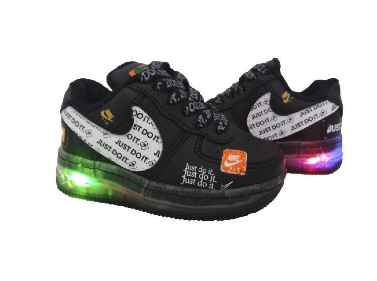 Tenis zapatillas nike de luces para niñas envío y obsequi