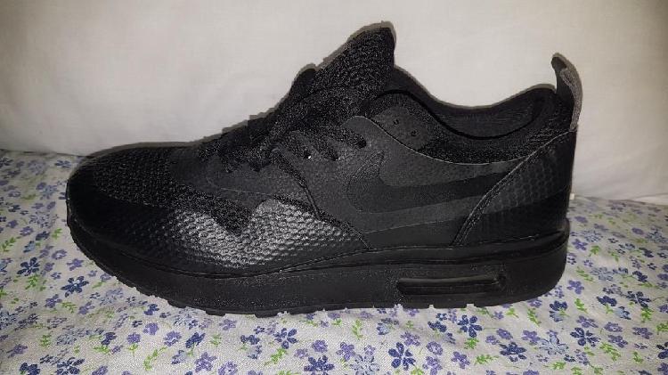Zapatos nine air max talla 10