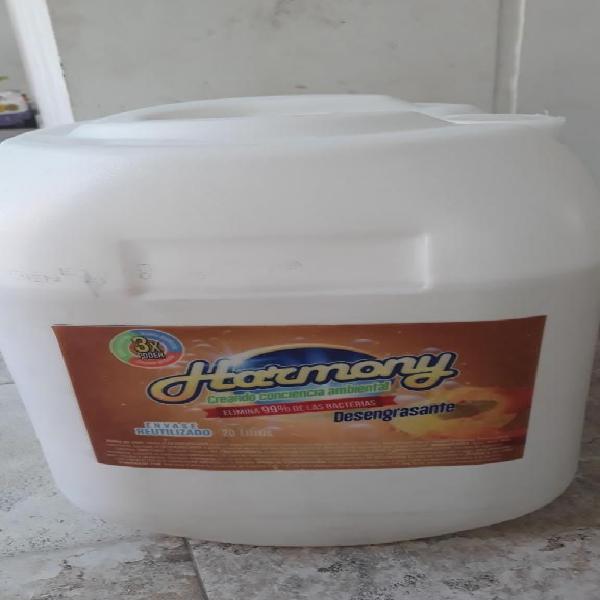 Harmony. fabricamos: desengrasante o quita grasa...aqui en