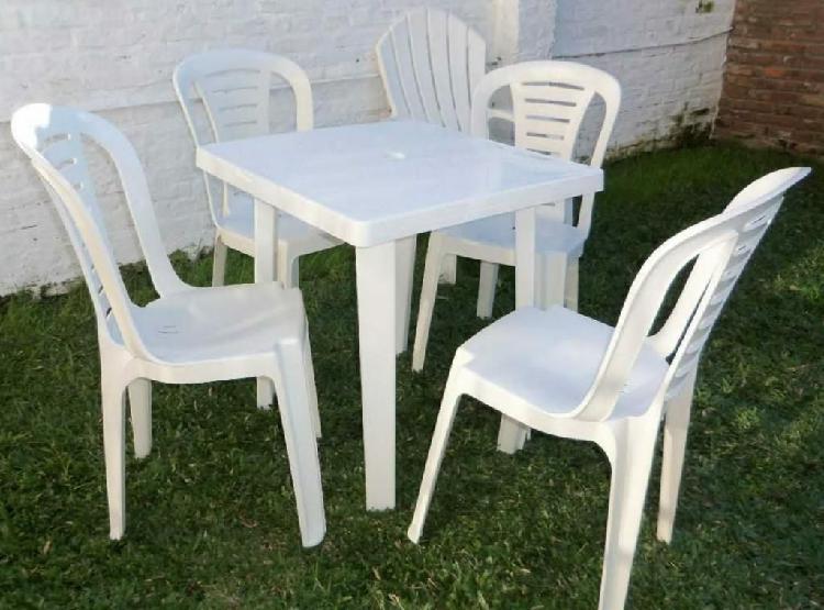 Alquiler de sillas, mesas y mesones
