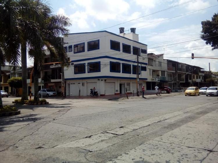 Edificio en arriendo en cali cristobal colon cod. abinp22001