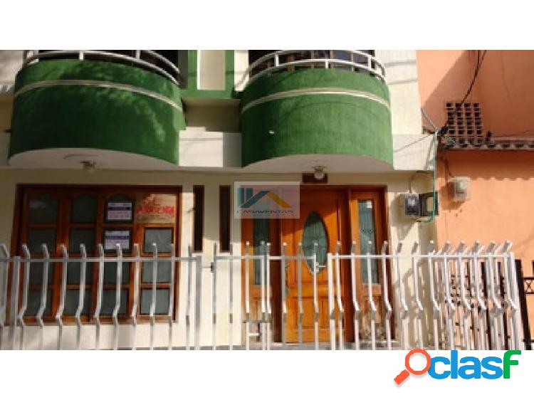 Casa 2 pisos barrio almirante colon cartagena