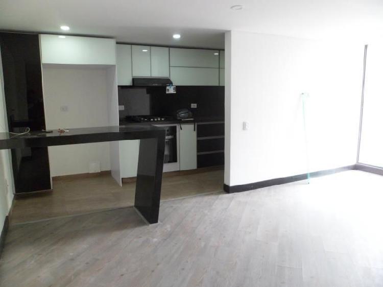 Apartamento en venta en bogota la castellana cod. vbcyf19456