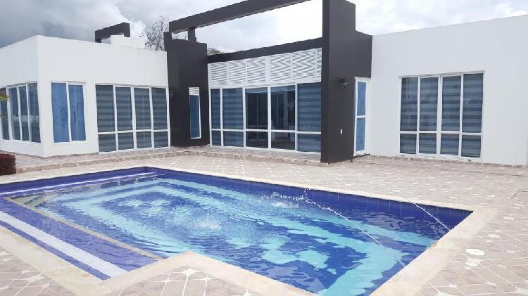 Casa quinta en chinauta con piscina privada