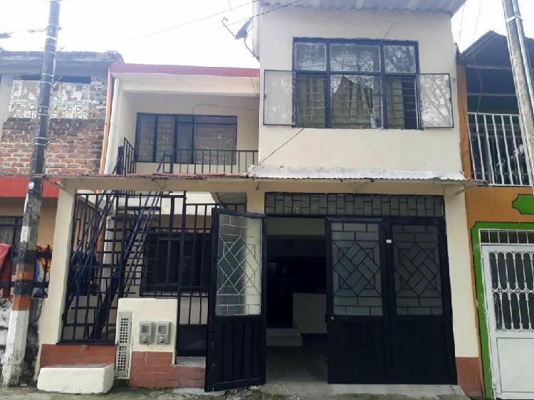 Casa pisos independientes con garaje en el topacio, amplia y